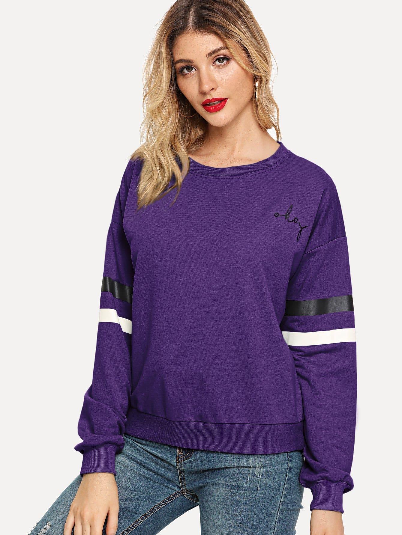 Фото - Пуловер с полосатым рукавом с заниженной линией плеч от SheIn фиолетового цвета