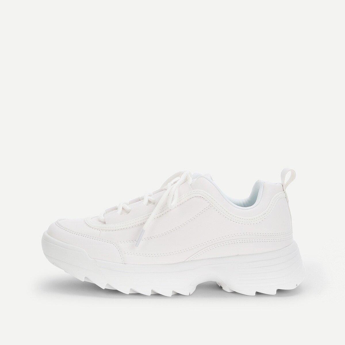 Sneakers met dikke zool