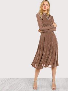 Button Keyhole Mock-neck Glitter Flowy Dress