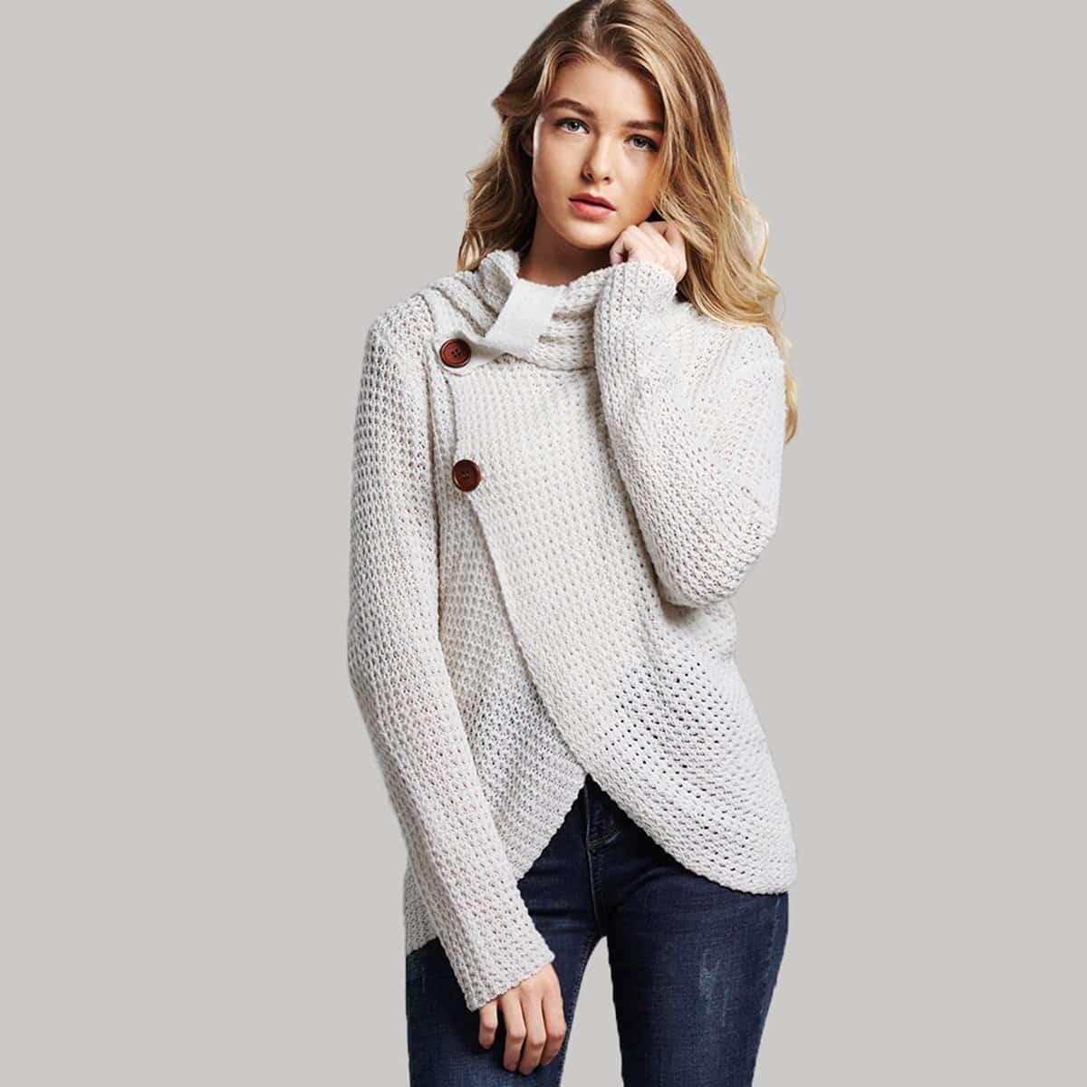 Sweater hoge hals en knopen