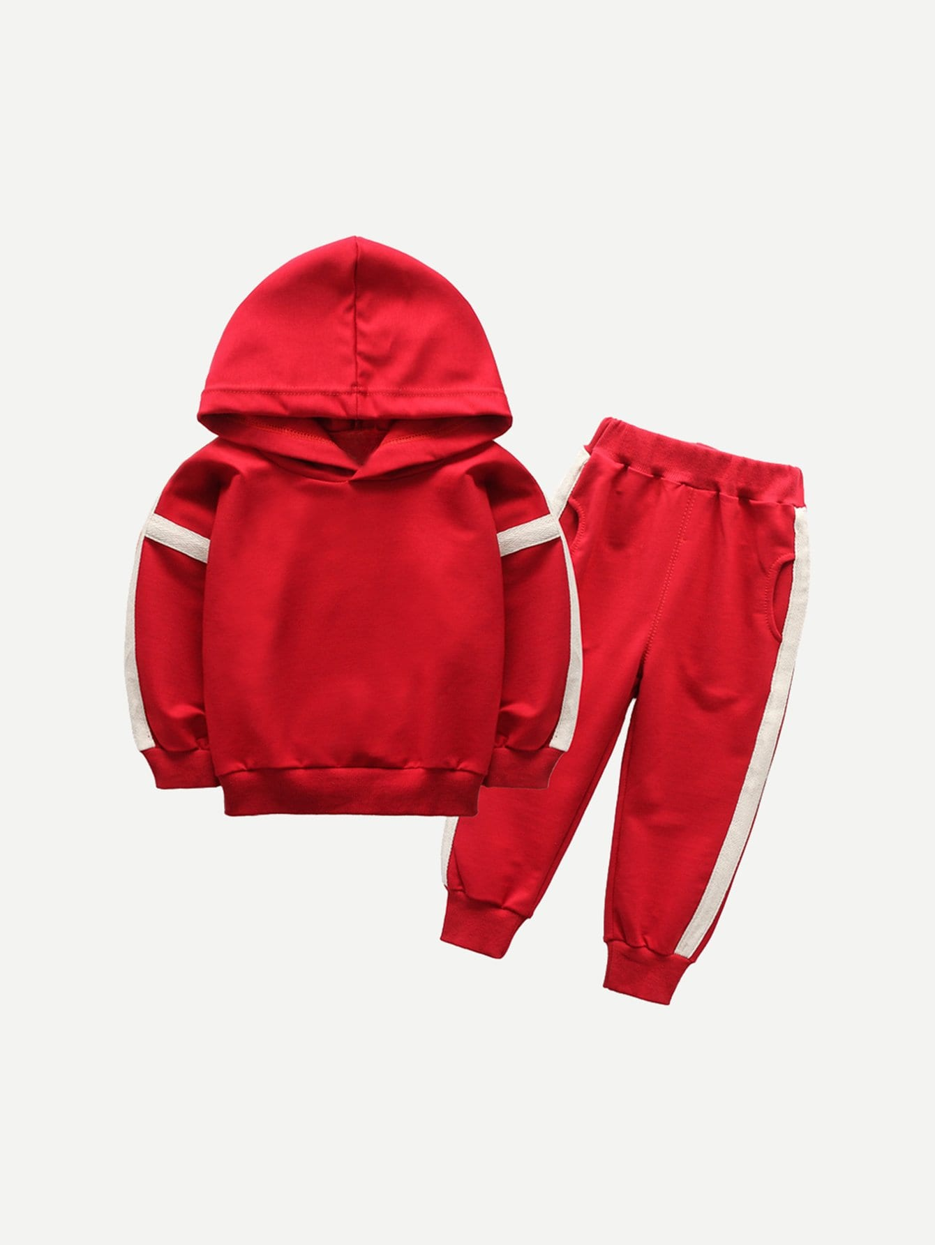 Фото - Толстовку с контрастными лентами и брюки для маленьких мальчиков от SheIn красного цвета