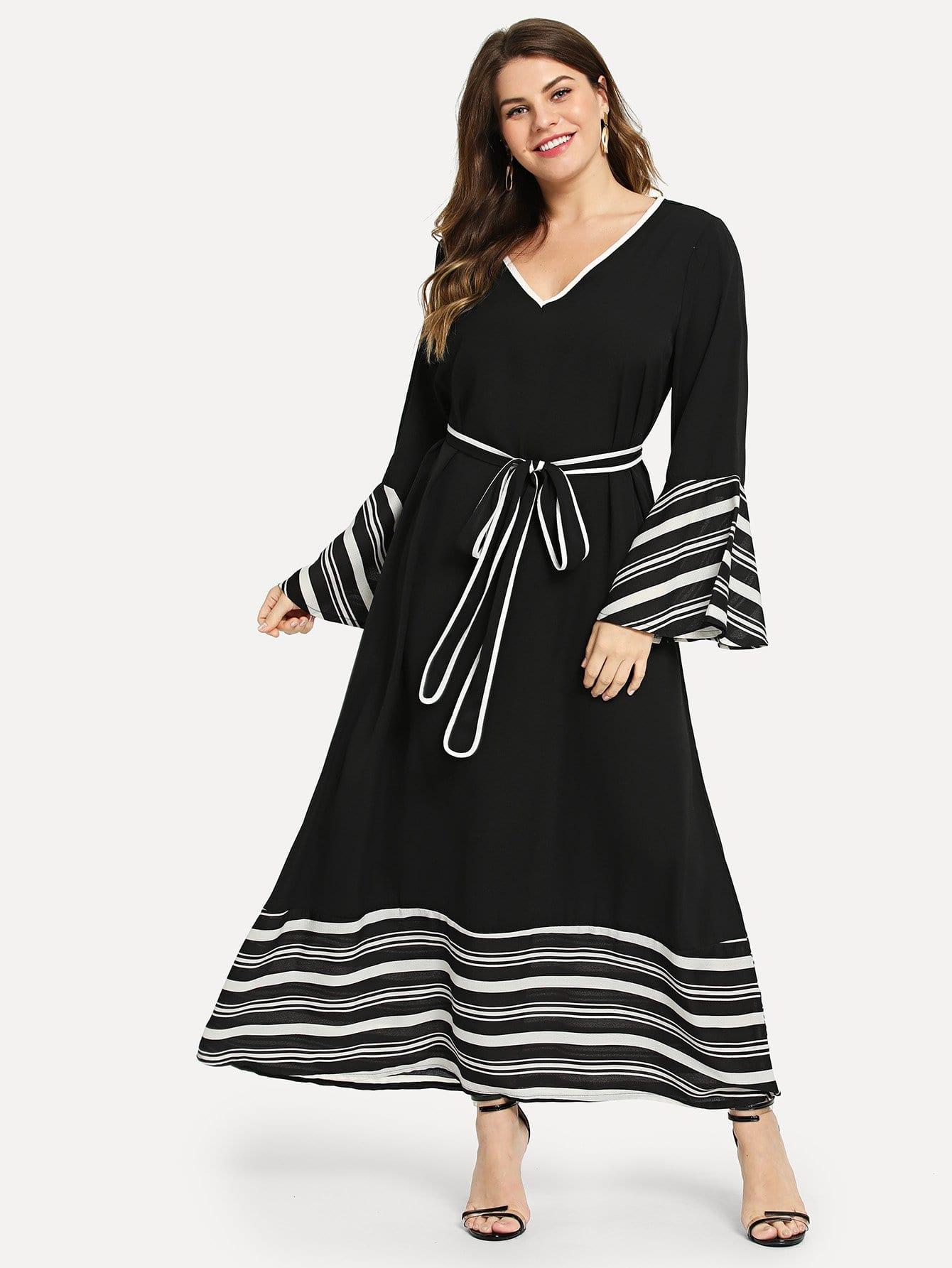 Платье в полоску с оборками на рукавах размера плюс