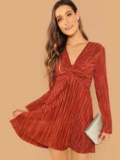 Zip Back Twist Solid Dress