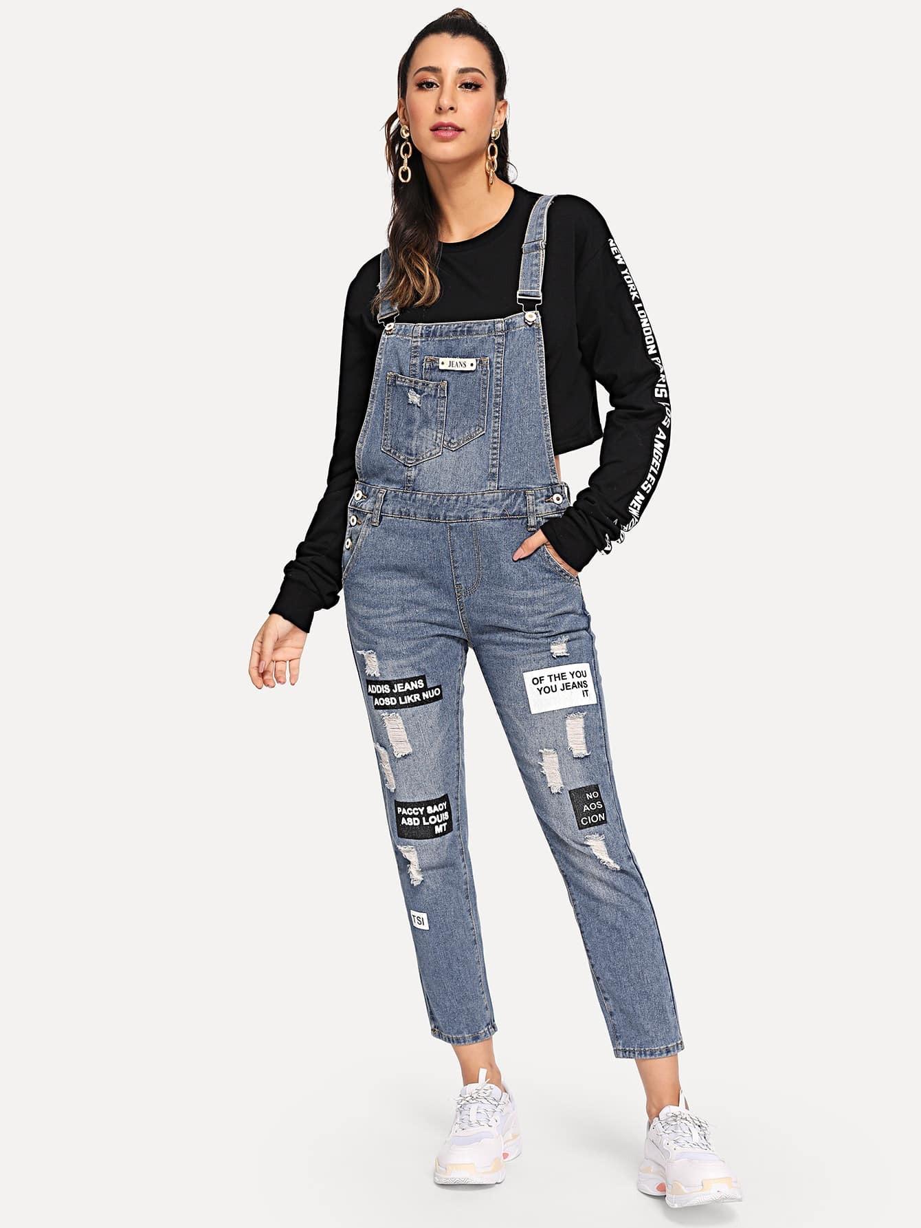 Купить Рваный джинсовый комбинезон с текстовым принтом, Gabe, SheIn