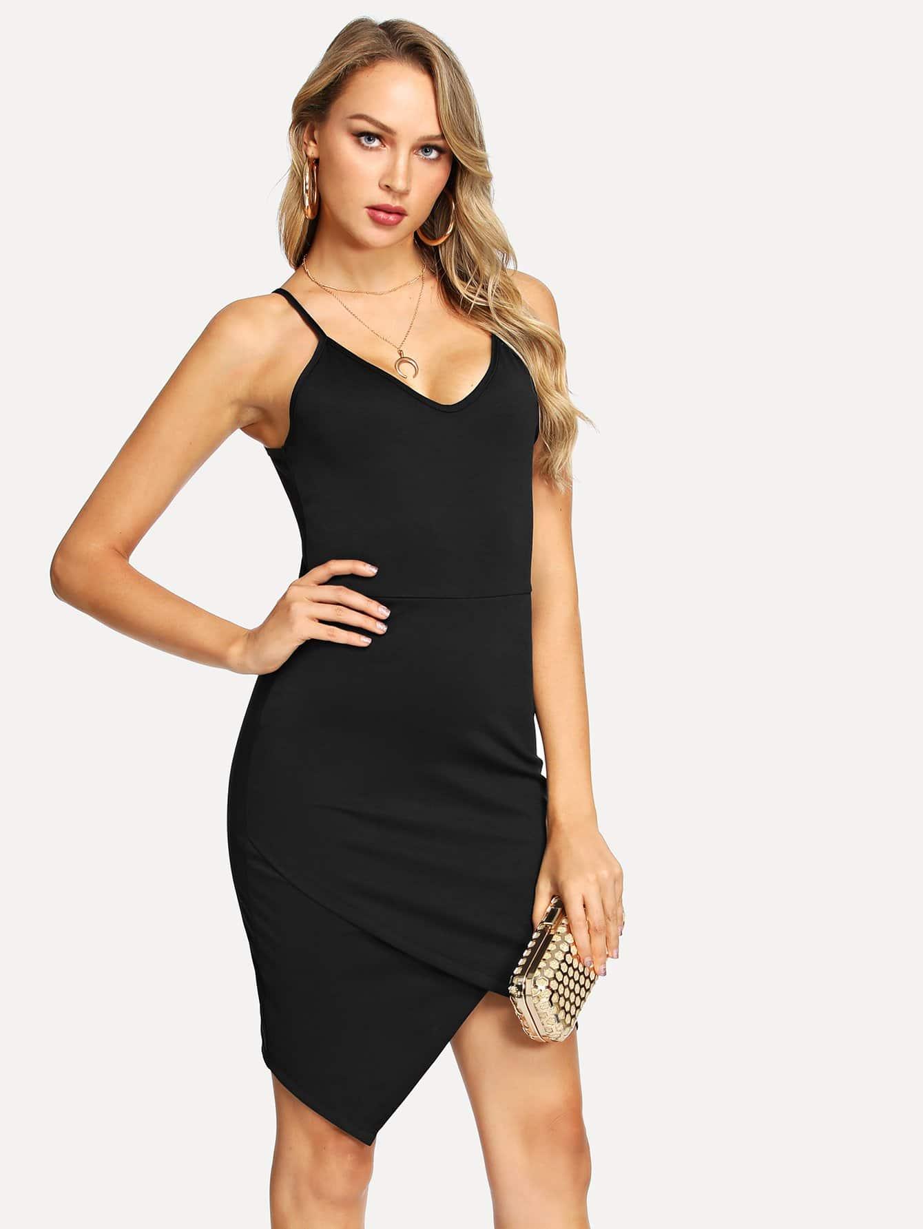 Фото - одноцветное платье без рукавов от SheIn цвет чёрные