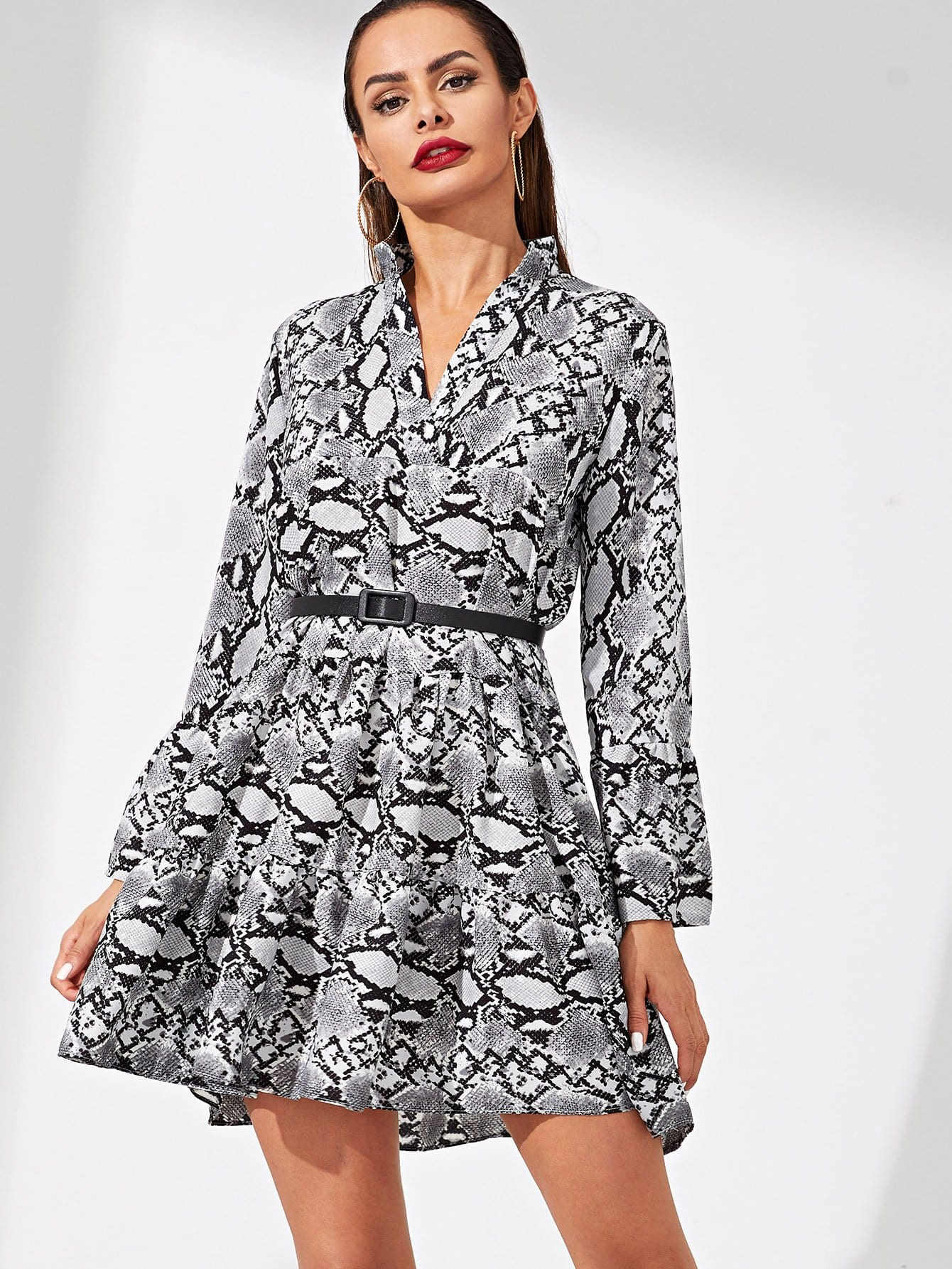 Купить Платье с поясом и принтом змеиным, Andy, SheIn
