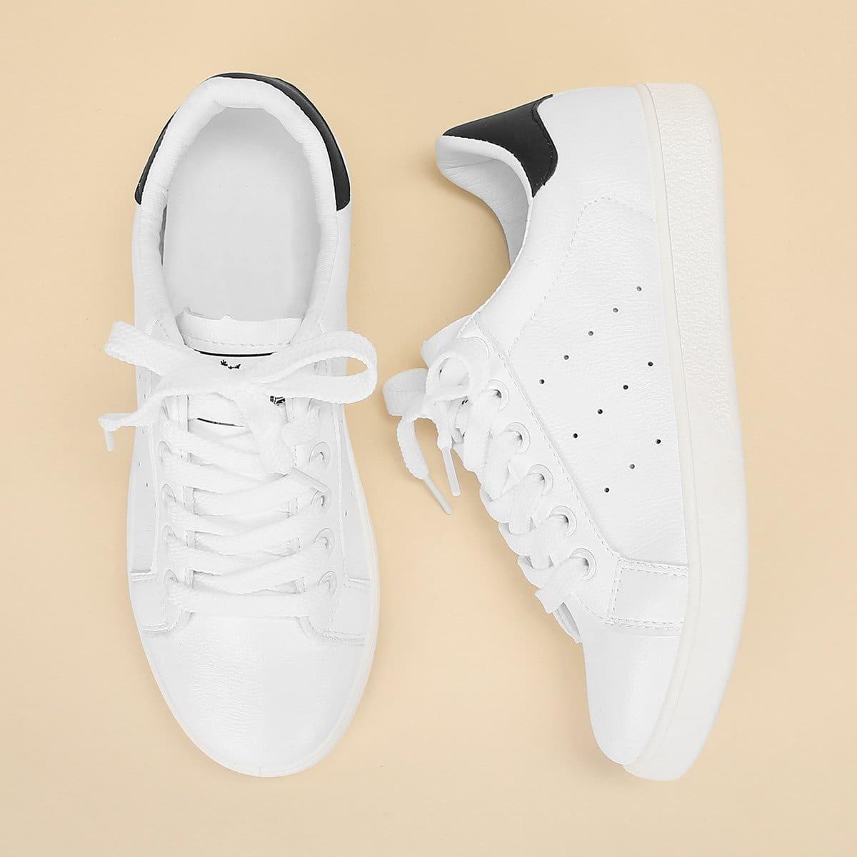Обычные  кроссовки с шнуровкой от SHEIN