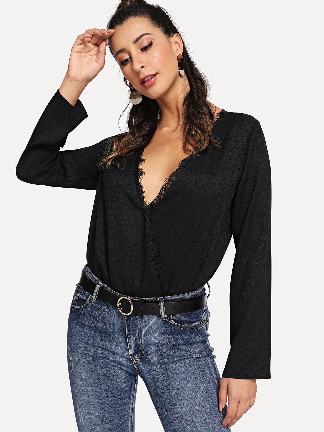 Купить Вставки кружева блузка с глубоким вырезом, Gabe, SheIn