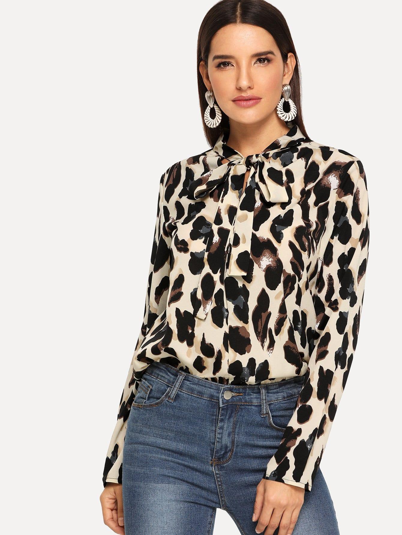 Фото - Леопардовая блузка с завязкой на шее от SheIn цвет многоцветный