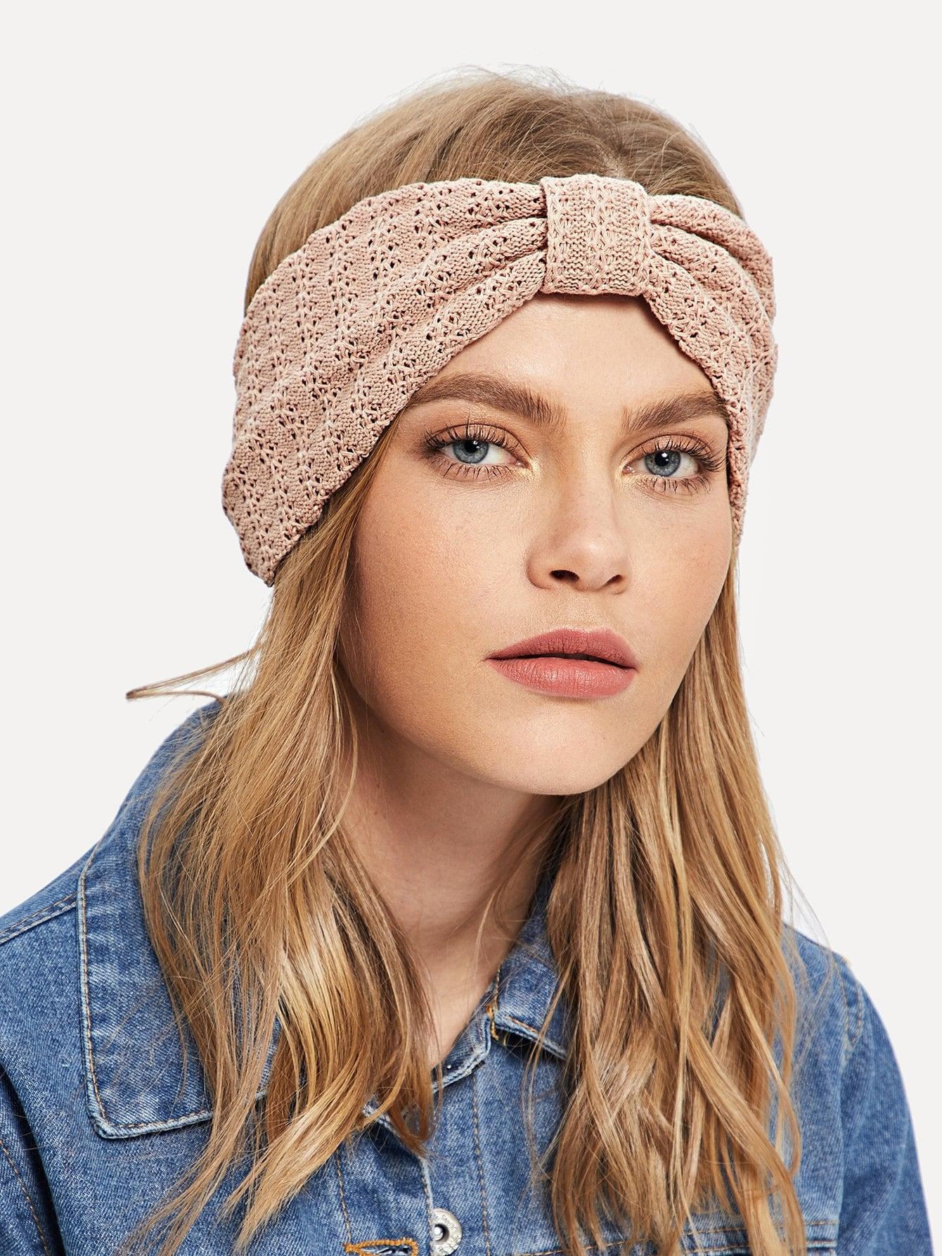 Фото - Однотонный вязаный обруч для волос от SheIn розового цвета