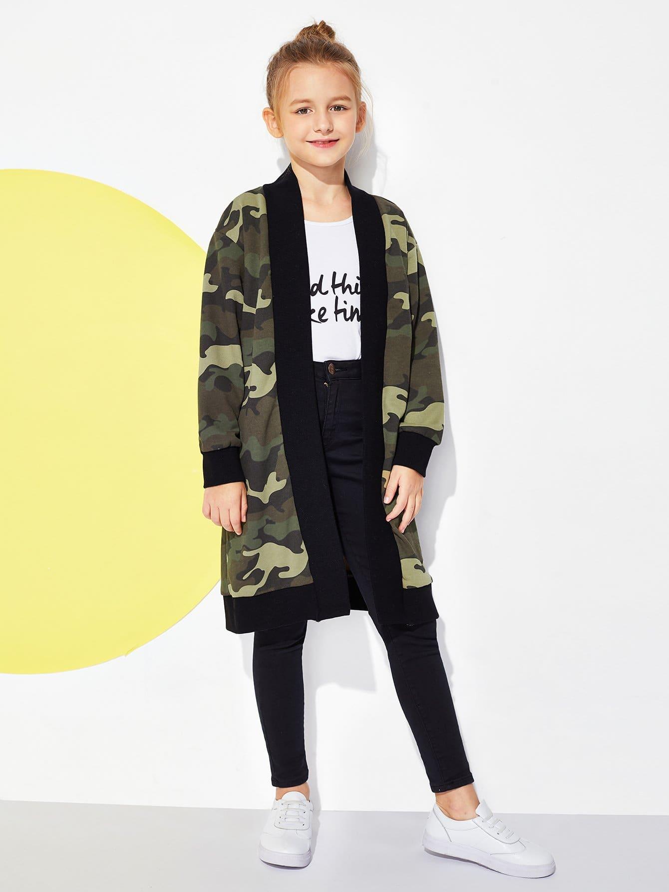 Фото - Для девочек открытой передней камуфляжное пальто от SheIn цвет многоцветный
