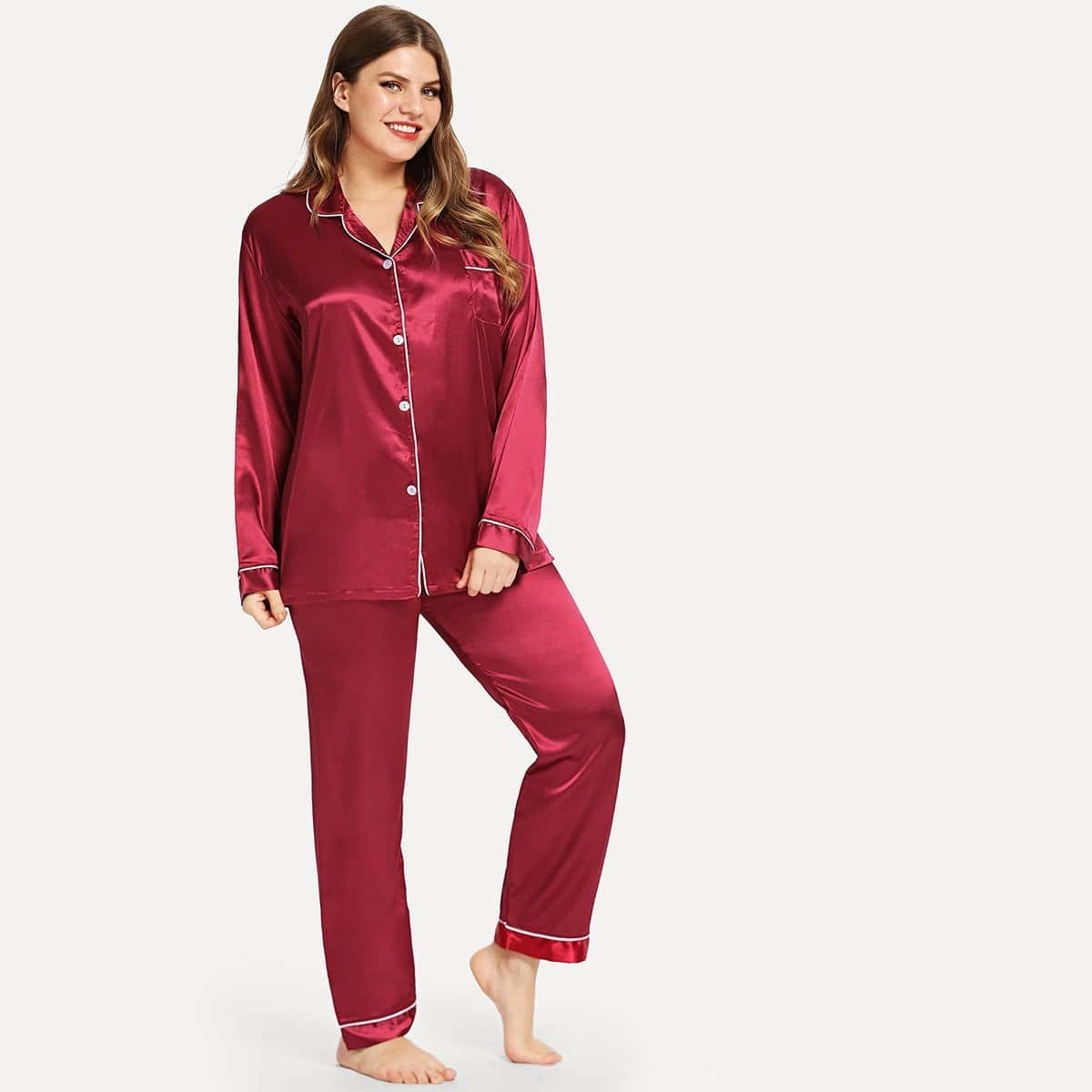 Размера плюс пижама с контрастной отделкой от SHEIN