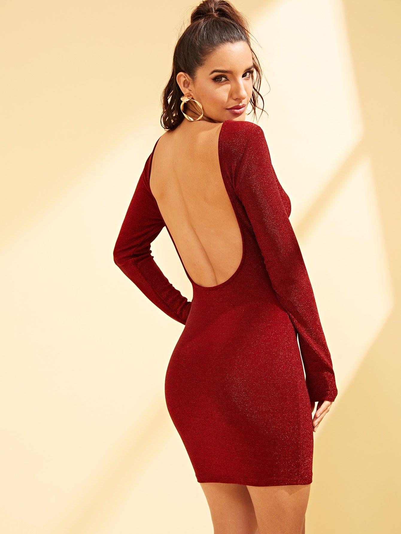 Платье  Красные цвета