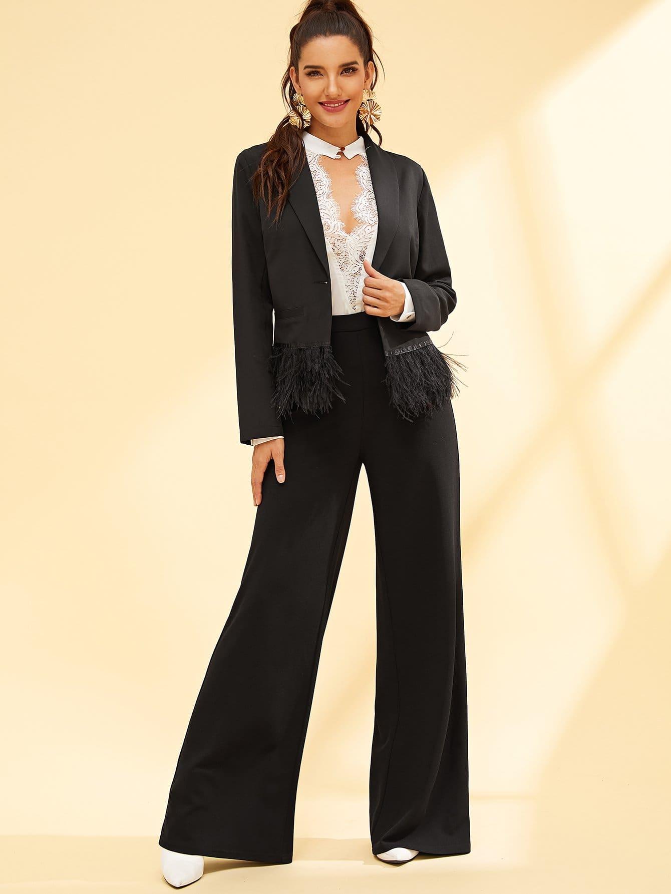 Фото - Стильный пиджак с искусственным пером от SheIn черного цвета