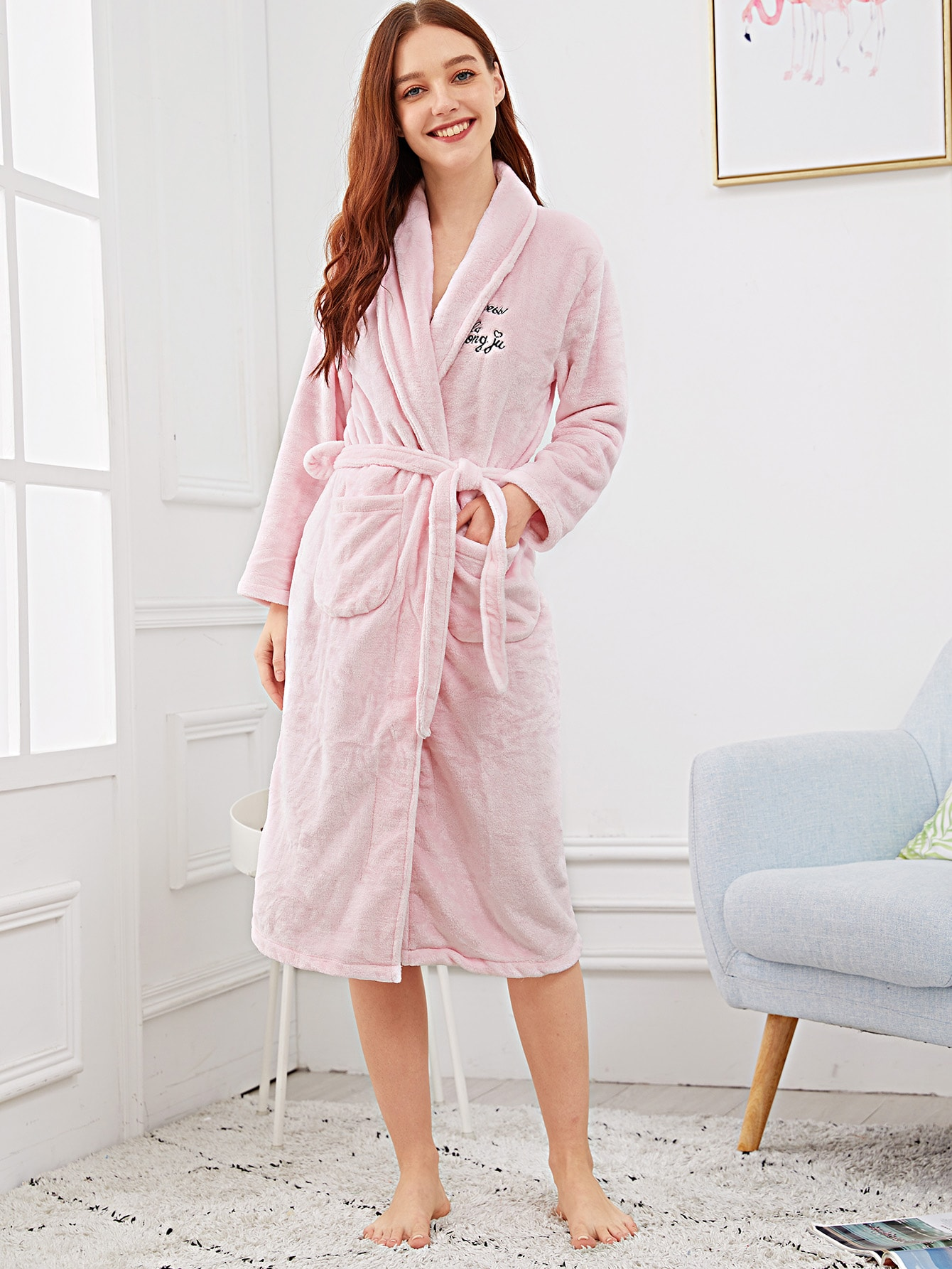 Купить Пушистый домашний халат с поясом и вышитым текстовым принтом, Poly, SheIn