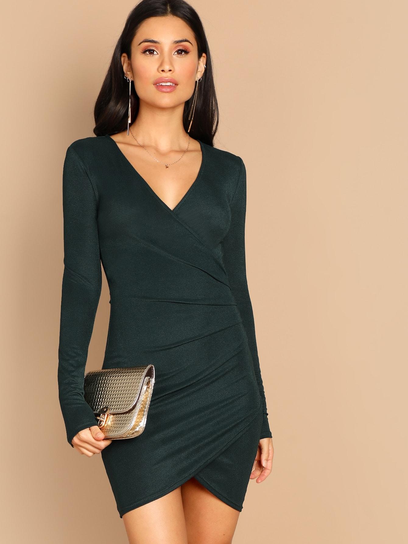 Фото - Облегающее платье с v-образным вырезом от SheIn цвет зелёные