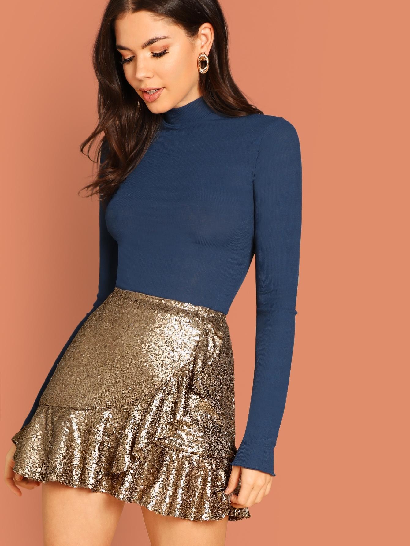 Фото - Асимметричное платье с пайетками от SheIn золотого цвета