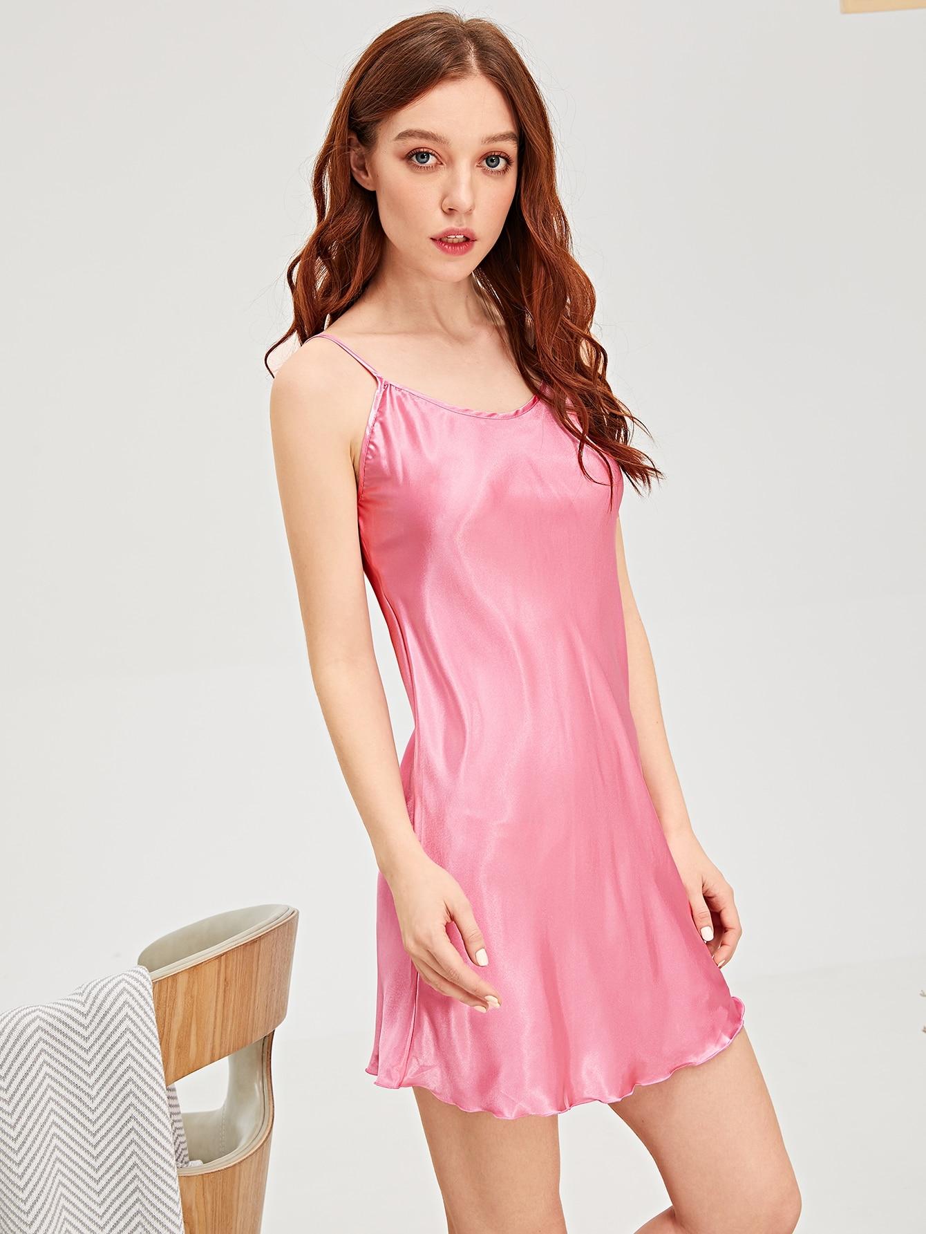 Купить Однотонное атласное платье на бретелях, Poly, SheIn
