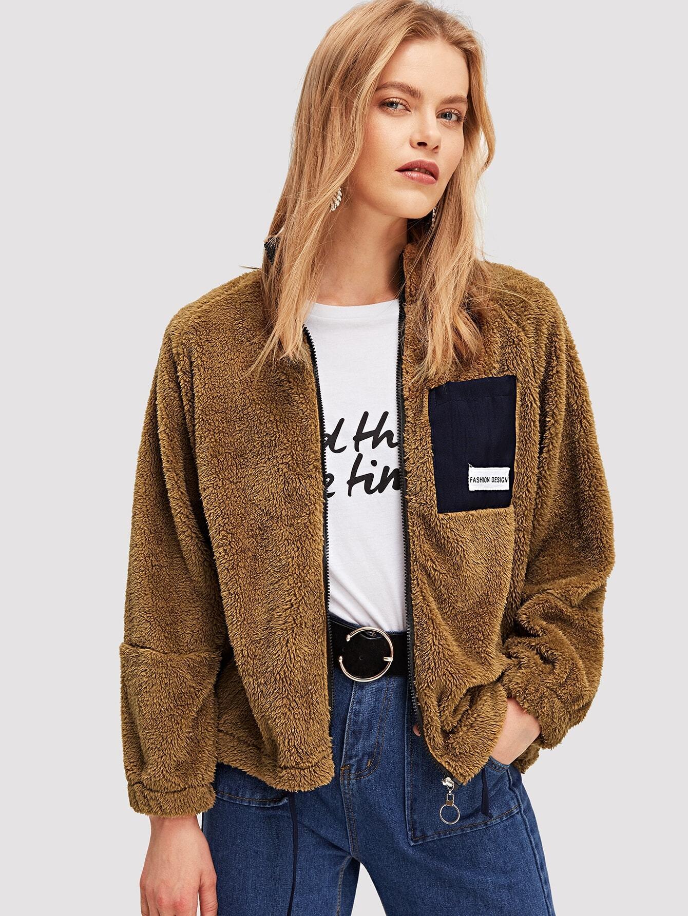 Фото - Плюшевая куртка с карманом от SheIn коричневого цвета