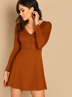 Buttoned V Neck Fitted Dress