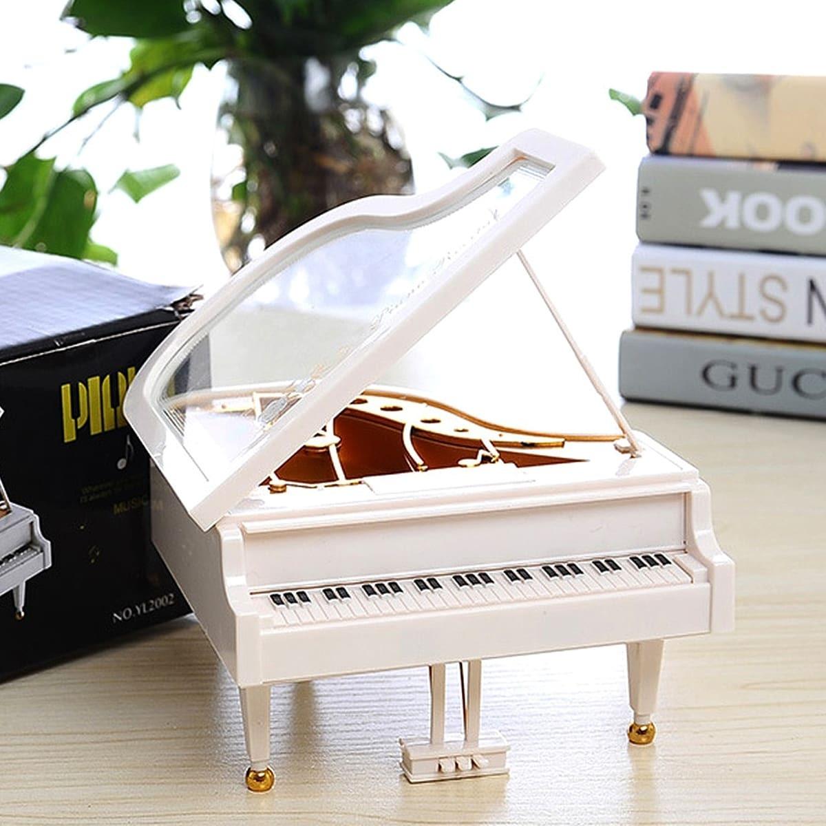 Piano vormige muziekdoos