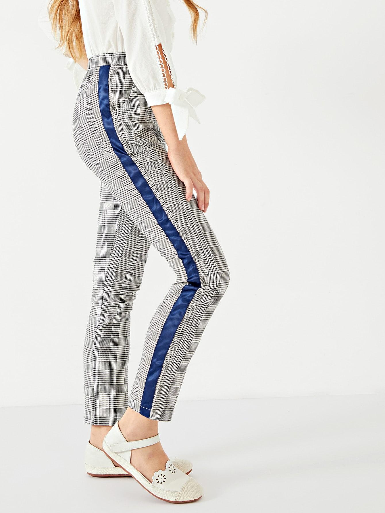 Фото - Контрастные брюки в клетку и полоску для девочек от SheIn серого цвета