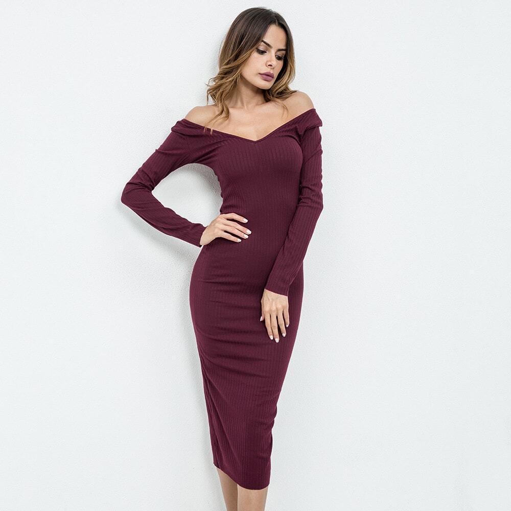 Aansluitende, geribde jurk