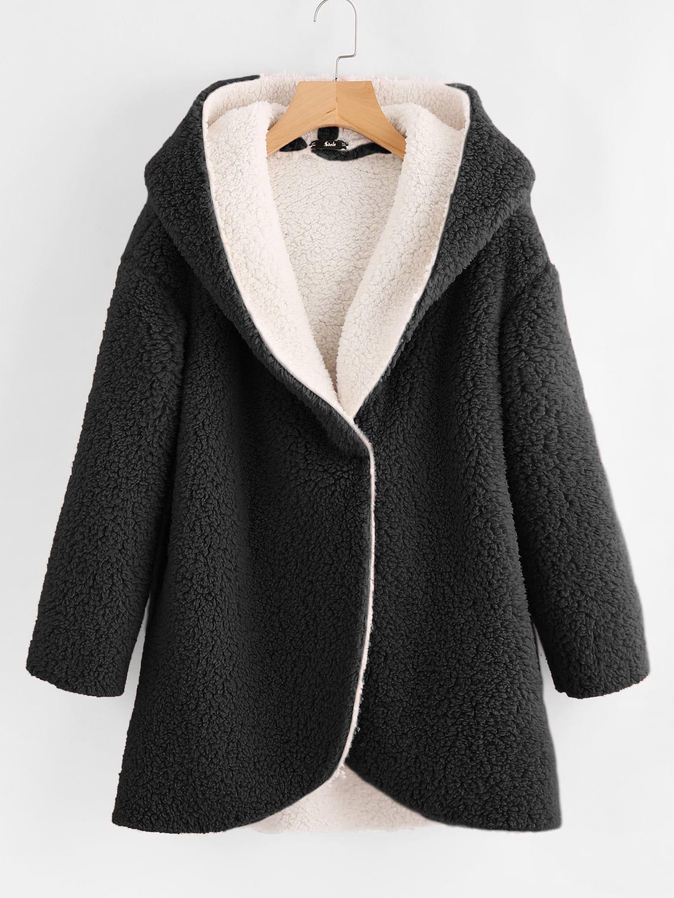 Пушистое пальто с капюшоном и выгнутым подолом SheIn