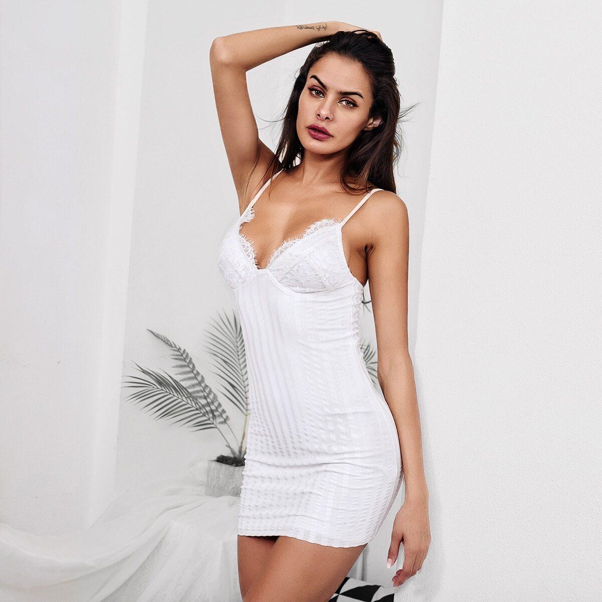 Cami-jurk met kanten afwerking