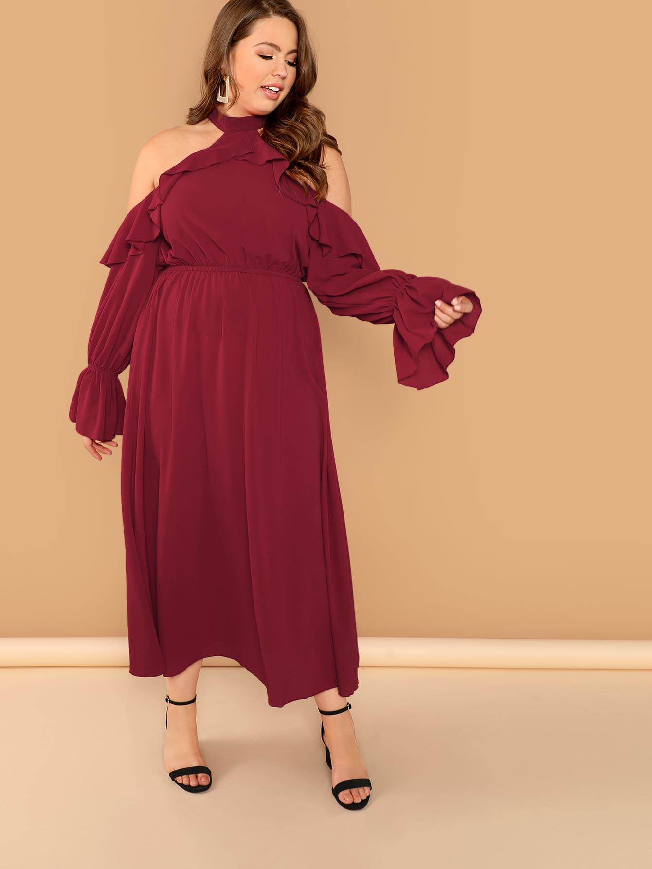 Плюс размеры холтер платье с оборками с открытыми плечами
