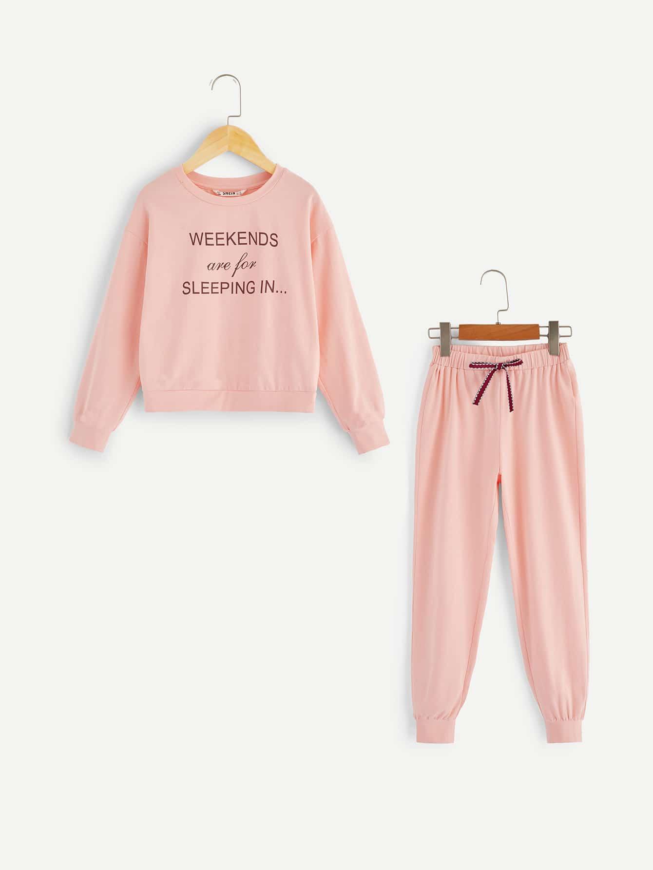Пуловер с текстовым принтом и брюки пижамы комплект для девочек от SheIn