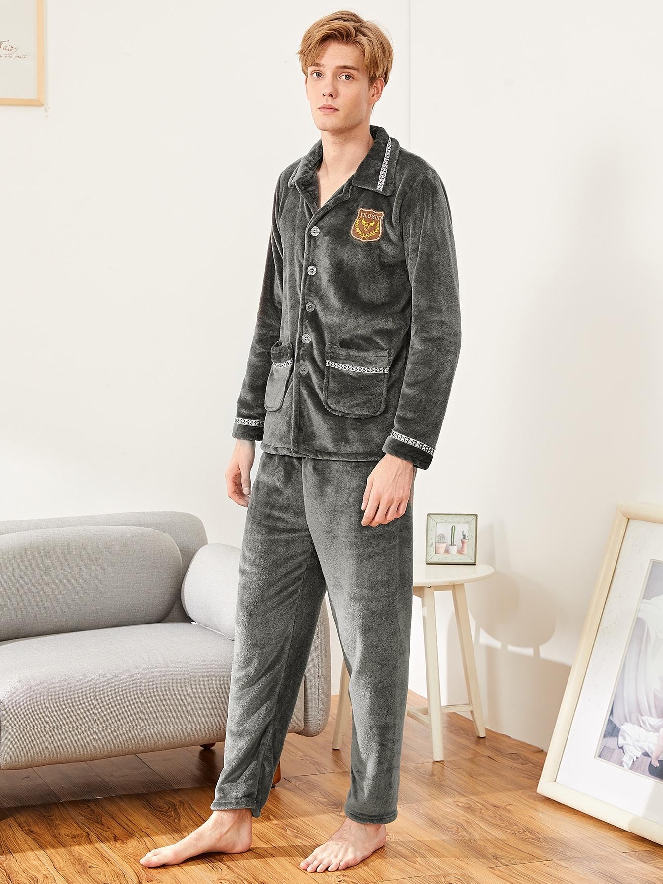 Фото - Мужская пушистая пижама с принтом текстовым от SheIn цвет серые