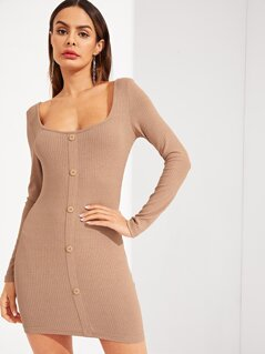 Buttoned Front Form Fitted Dress