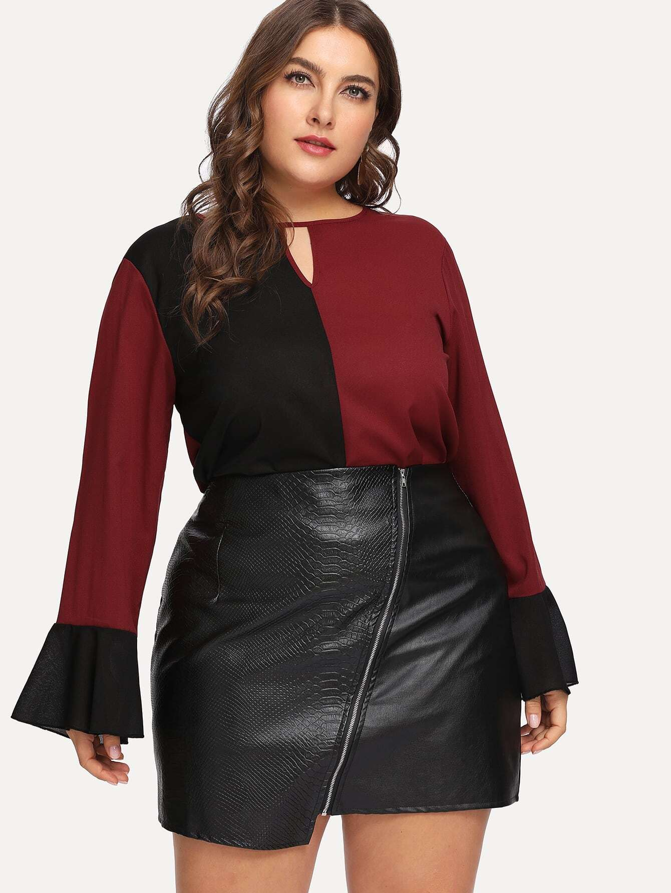 Купить Размера плюс контрастная плоская блуза с оборками на рукавах, Franziska, SheIn