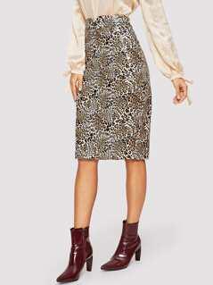V-cut Waist Leopard Print Skirt