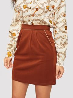 Slant Pocket Pleated Skirt