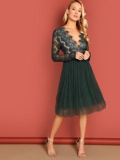 Plunge Eyelash Lace Bodice Tulle Dress