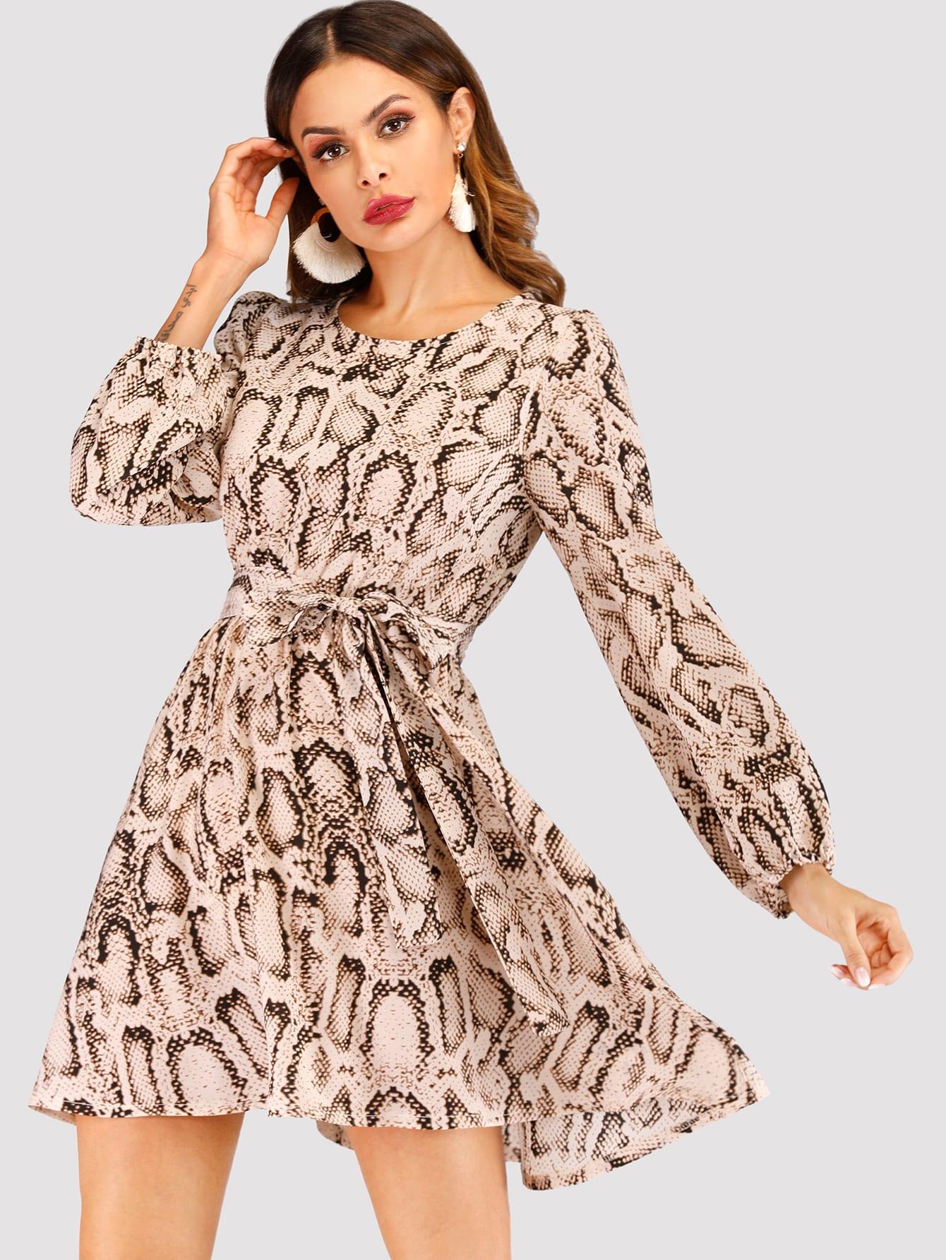 Купить Платье с поясом на талли и принтом змеиным, Andy, SheIn