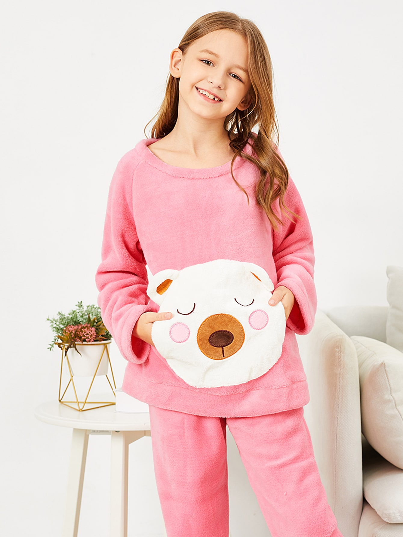 Пушистая пижама с принтом вышитого медведя для девочек от SheIn