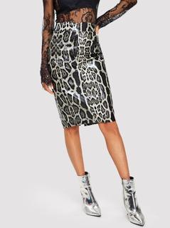 V-cut Waist Snake Skin Print Skirt