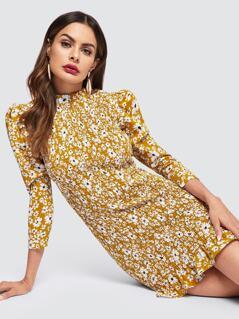 Frilled Neckline Puff Sleeve Shirred Floral Dress