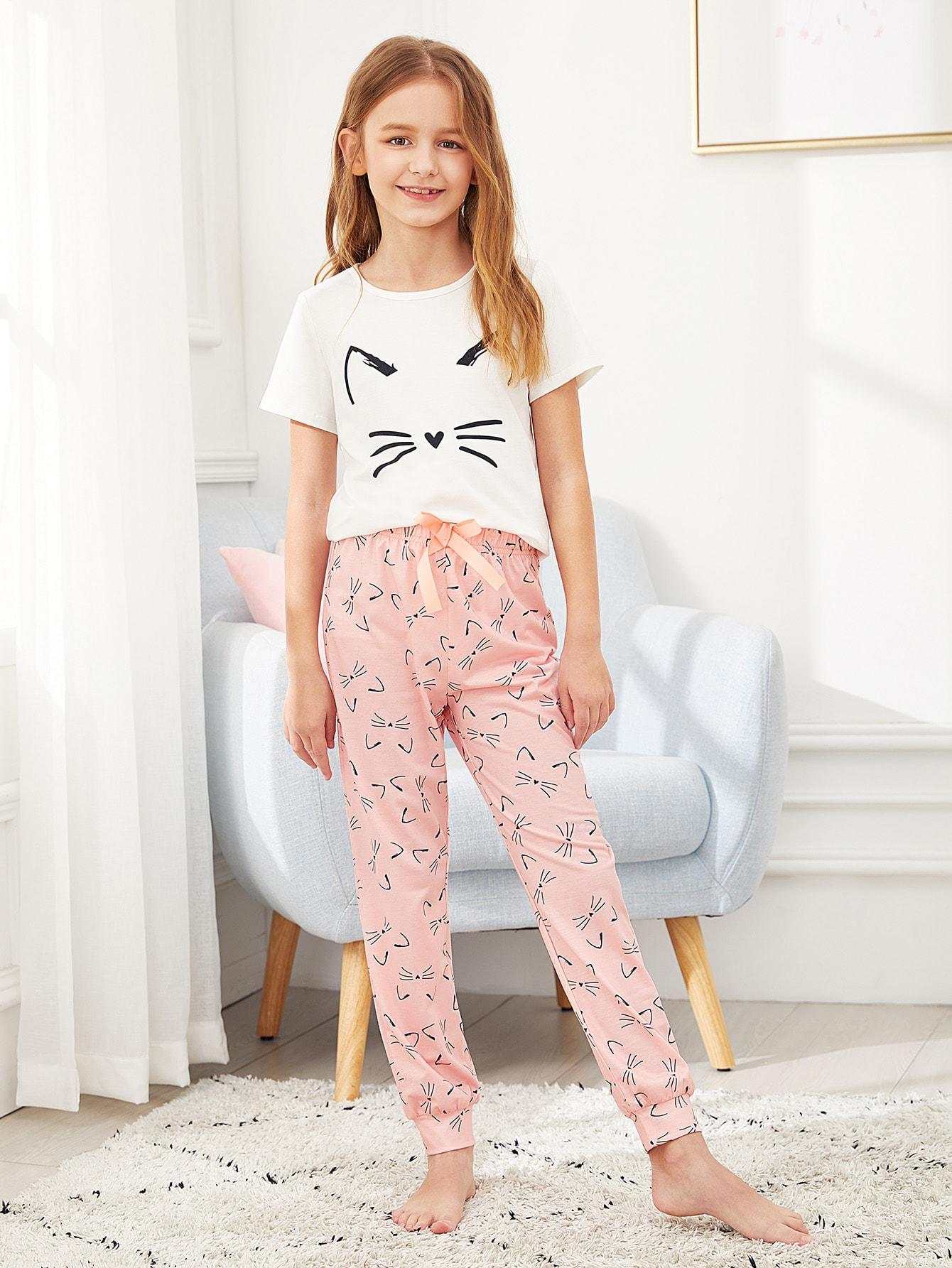 Пижамный комплект футболка с графическим принтом и брюки для девочек от SheIn
