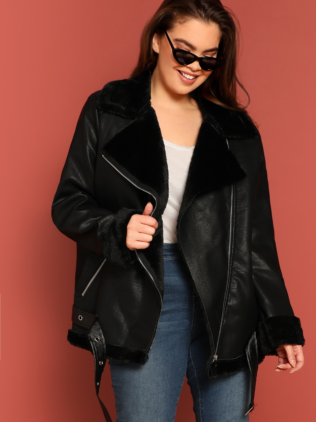 Купить Размер плюс куртка с поясом и искусственным мехом, Faith Bowman, SheIn