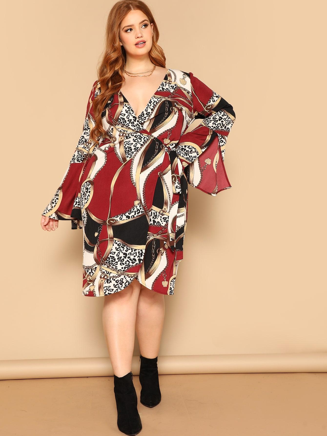 Размер плюс платье на зарах с графическим принтом и оригинальным рукавом