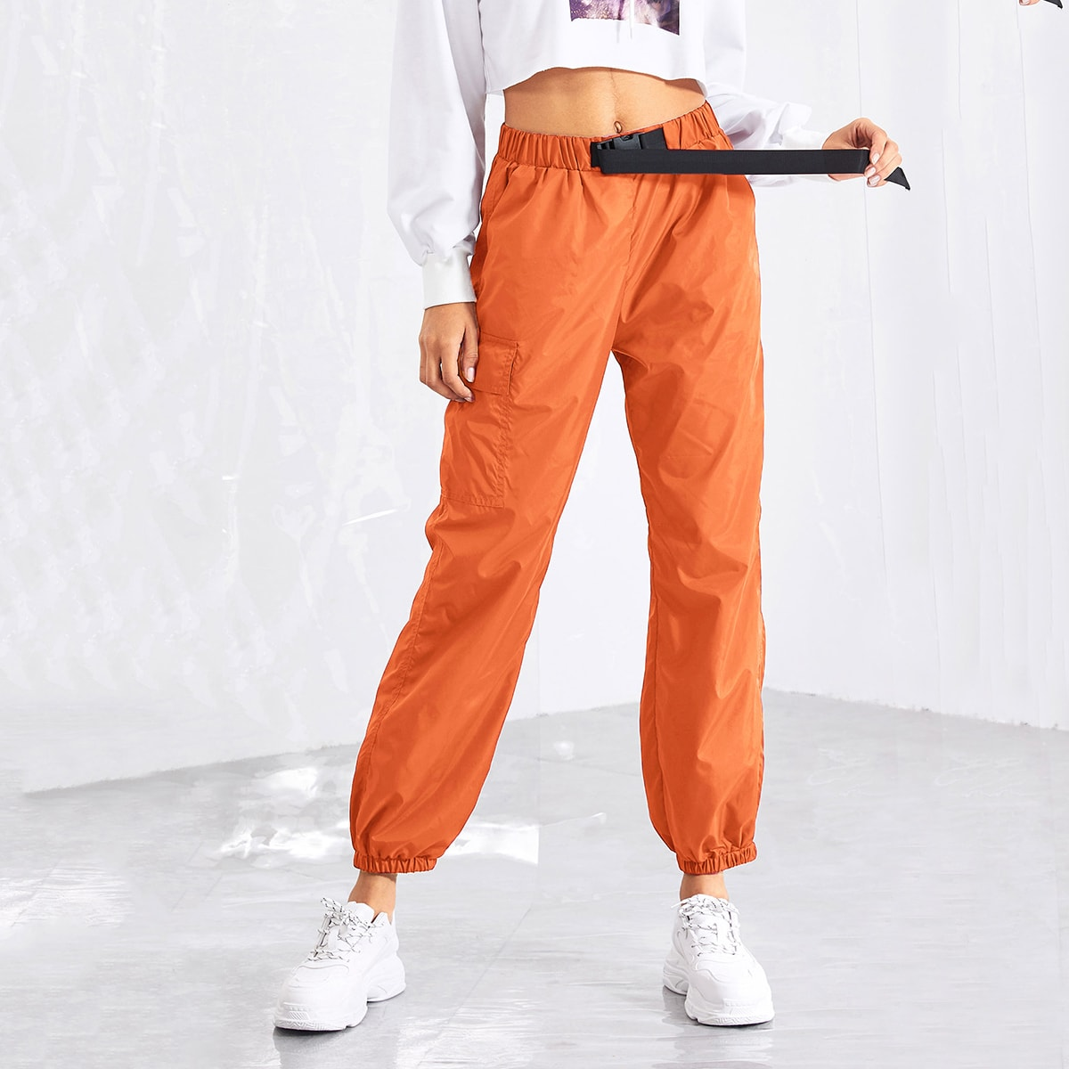 SHEIN Hose mit Gürtel vorn und elastischem Saum