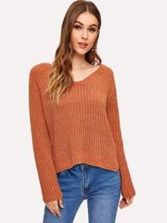 V-neck Stepped Hem Sweater