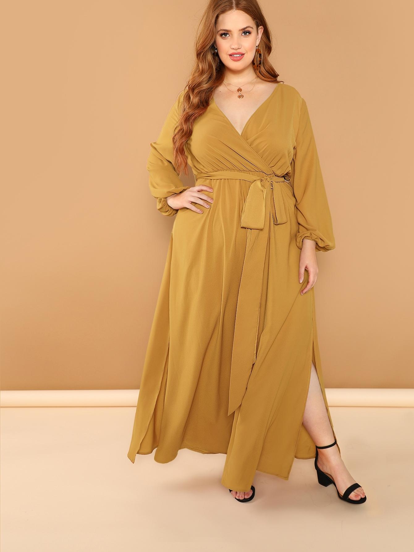 Размер плюс платье с оригинальным рукавом и поясом и глубоким V-образным вырезом и поясом