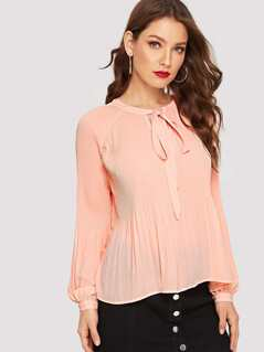 Raglan Sleeve Tie Neck Pleated Blouse