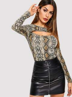Slim Fitted Snake Print Cutout Tee