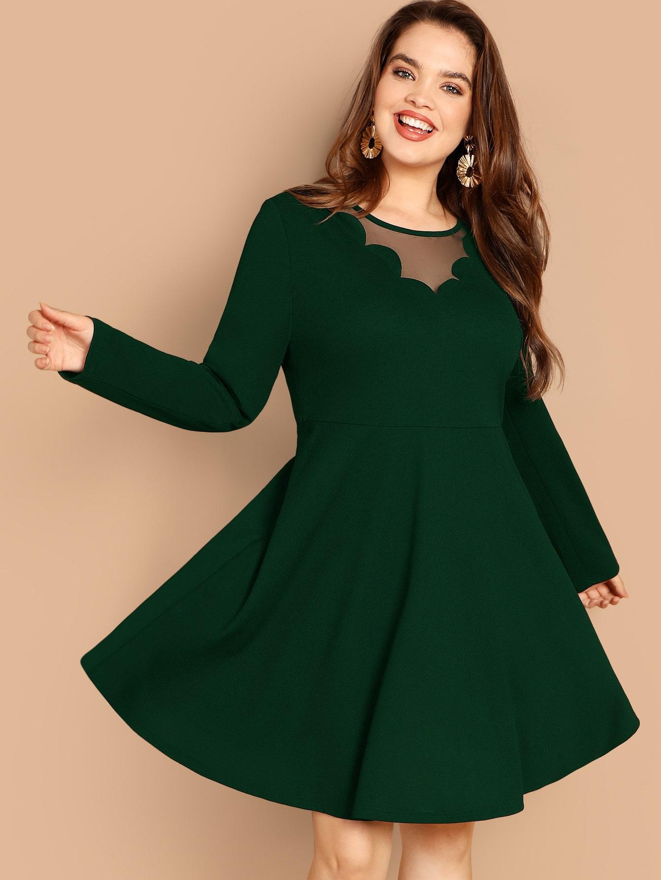 Размер плюс платье со сетчатой вставкой